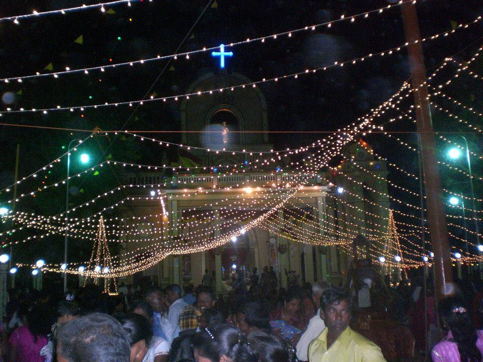 மண்டைதீவு புனித பேதுருவானவர் ஆலய வருடாந்த பெருநாள் விழா-01-08-2013 (6/6)